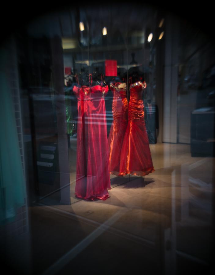 website-red-dress_DSC4652